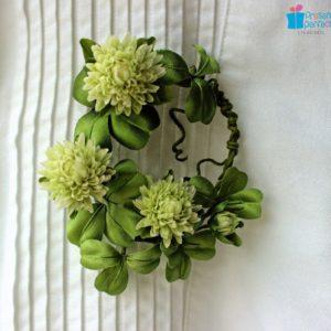Silk clover brooch