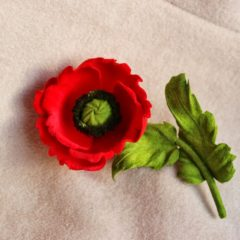 Velvet poppy brooch