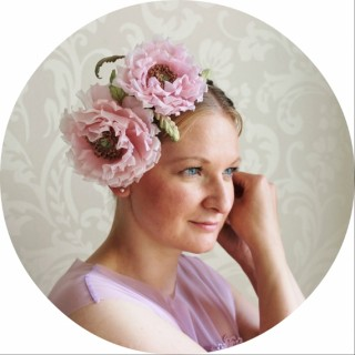 silk flower bridal hairpiece