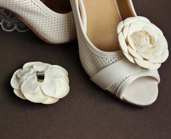 d6c8ba053 white camellia shoe clips 3