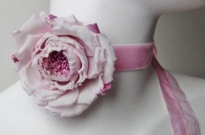 silk rose choker necklace