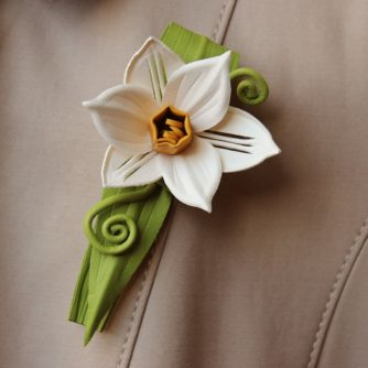 leather daffodil brooch
