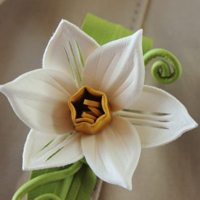 leather daffodil brooch