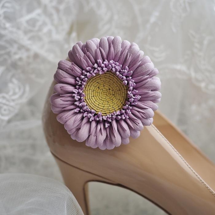 leather gerbera flower shoe clips