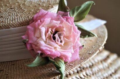 viva rolled edge rose tutorial